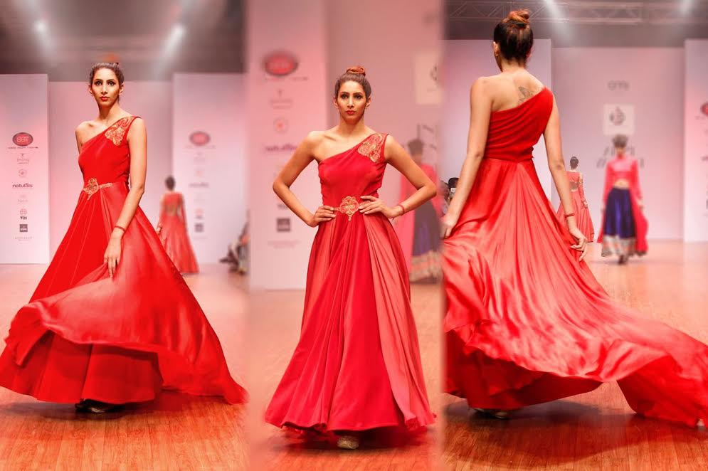 You are currently viewing Inspired by British Era, an experiment with Style dazzled the ramp